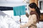 Лопата для уборки снега с кромкой из нержавеющей стали ES 40 Gardena (03242-20)